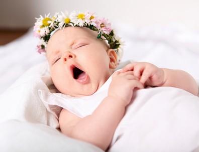 Bébé qui ne dort pas bien qui n'arrive pas à s'endormir